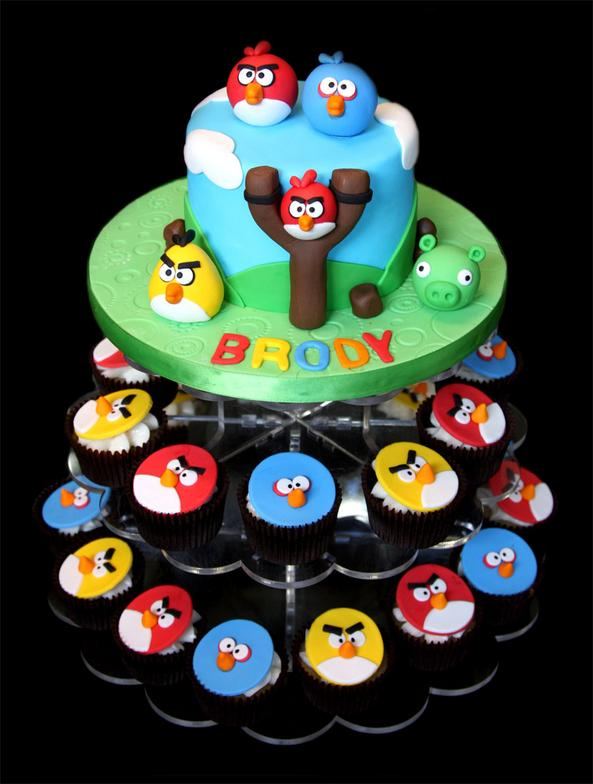 Angry Birds Custom Decorated Fondant Cake