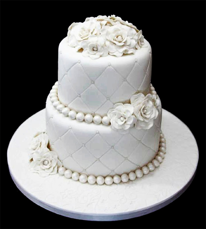 Elegant Small Wedding Cake